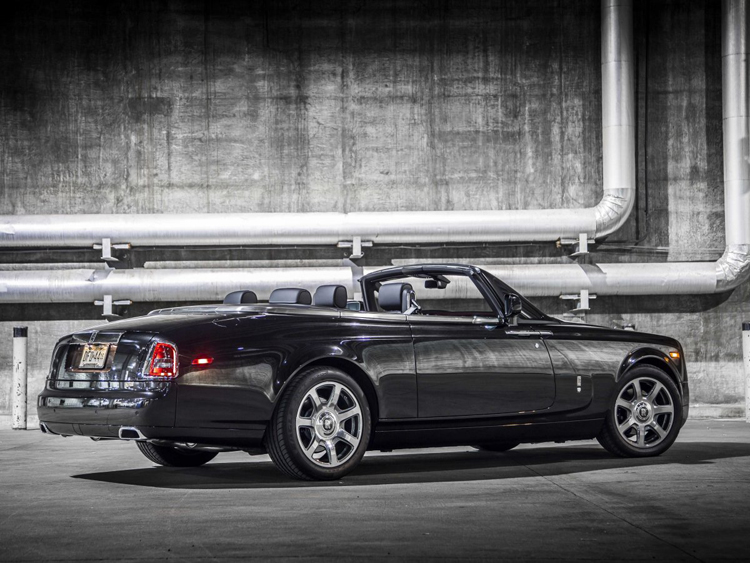 can canh sieu pham phantom drophead coupe nighthawk hinh anh 3