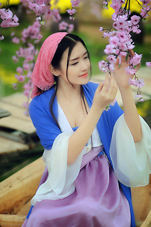 nu sinh bao chi cosplay thanh vo mi nuong o dich dinh hinh anh 4