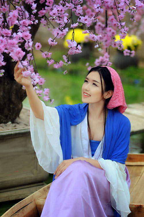 nu sinh bao chi cosplay thanh vo mi nuong o dich dinh hinh anh 6