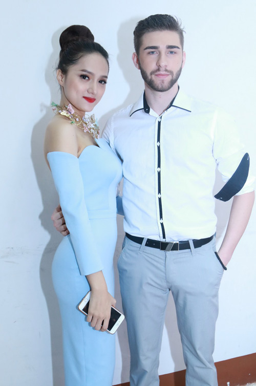 phuong trinh duoc fan to chuc sinh nhat tuoi 20 hinh anh 10