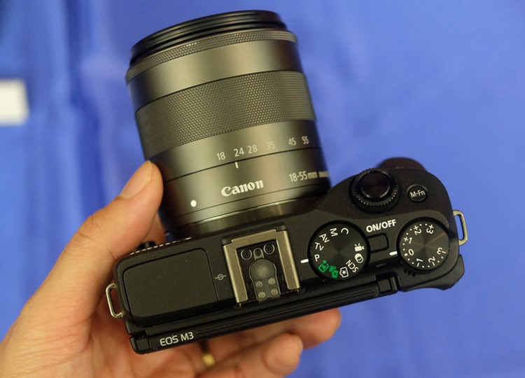 """can canh canon eos m3 sap """"do bo"""" ve viet nam hinh anh 2"""