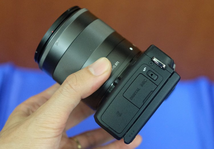 """can canh canon eos m3 sap """"do bo"""" ve viet nam hinh anh 5"""