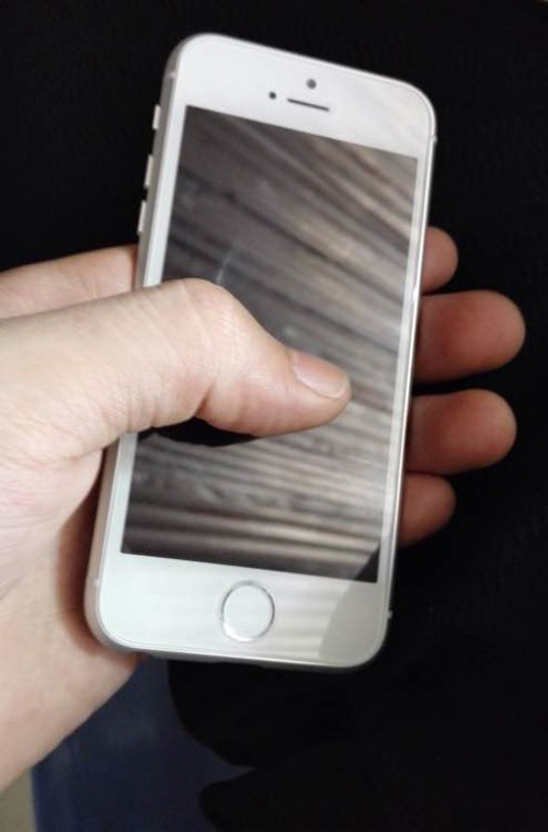 iphone 6c vo kim loai, cong nghe touch id lo anh thuc te hinh anh 1