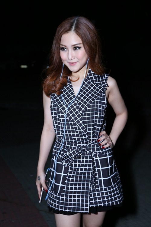 tuyen tap nhung bo canh cuc chat trong 'the remix' hinh anh 1