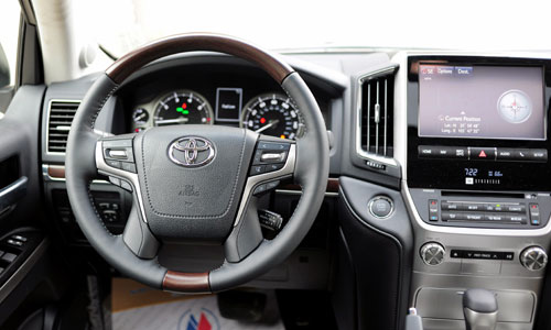 can canh toyota land cruiser 2016 dau tien ve viet nam hinh anh 10