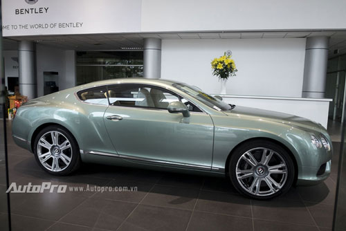 can canh chiec bentley continental gt doc nhat viet nam hinh anh 2