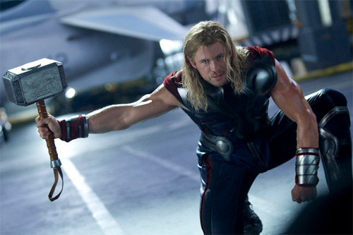 "hoc ""than sam"" chris hemsworth de co co bap cuon cuon hinh anh 3"