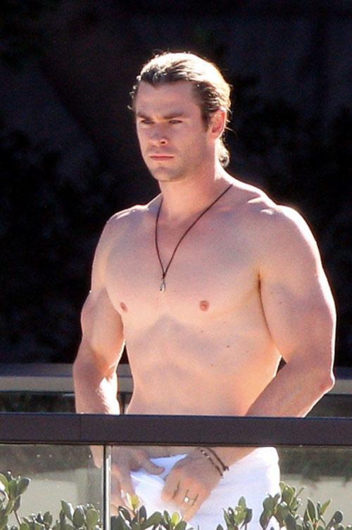"hoc ""than sam"" chris hemsworth de co co bap cuon cuon hinh anh 7"