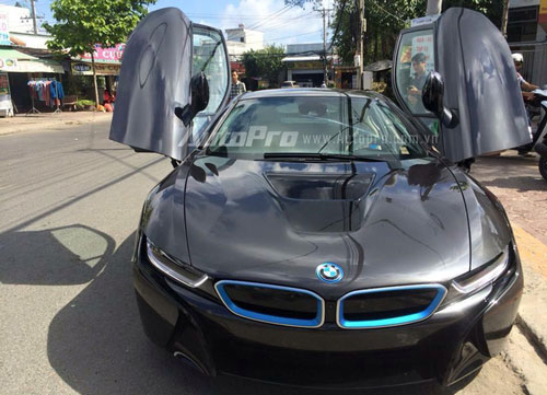 can canh bmw i8 dau tien xuat hien tai ca mau hinh anh 3