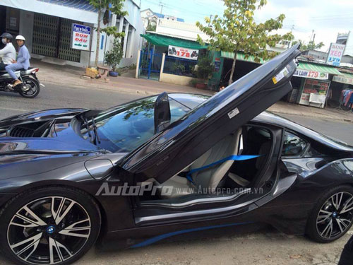 can canh bmw i8 dau tien xuat hien tai ca mau hinh anh 5