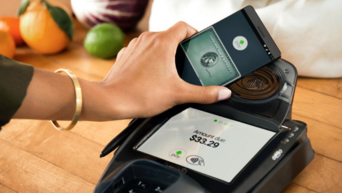 "apple pay ""do suc"" cung samsung pay va android pay hinh anh 1"