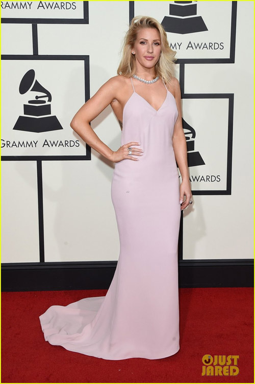 taylor swift tung vay khoe noi y tren tham do grammy hinh anh 15