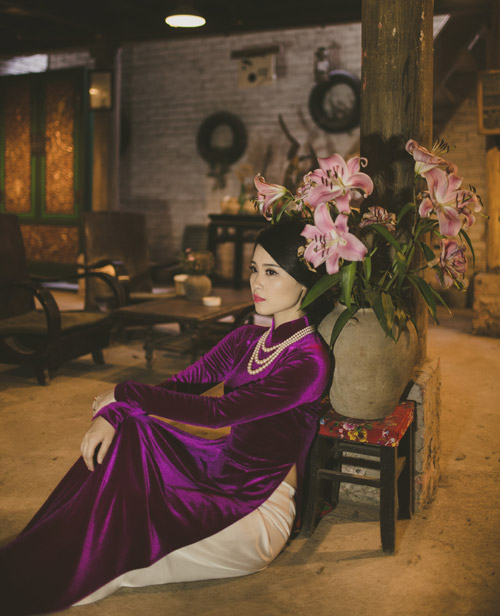a khoi luu ly khoe ve co dien trong ta ao dai hinh anh 2
