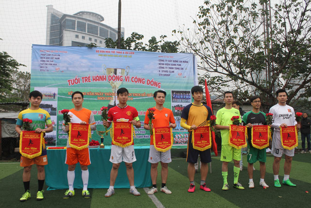 "cuoc dua tranh cup ""tuoi tre hanh dong vi cong dong"" hinh anh 1"