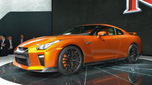 "nissan gt-r 2017 hoan toan ""lot xac"" so voi phien ban cu hinh anh 2"