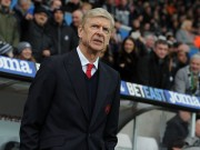 The thao - HLV Wenger bat ngo noi ve co hoi vo dich Premier League