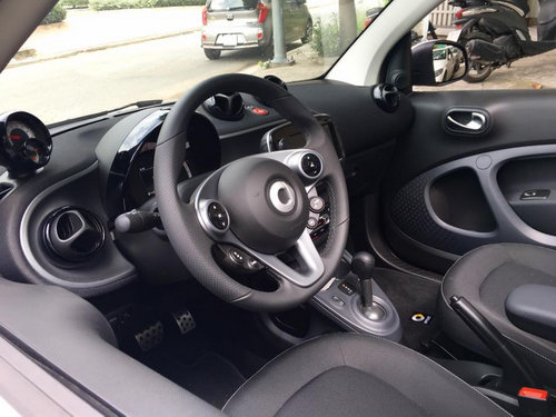 smart fortwo cabrio: xe nho gia hon 1 ty dong hinh anh 4