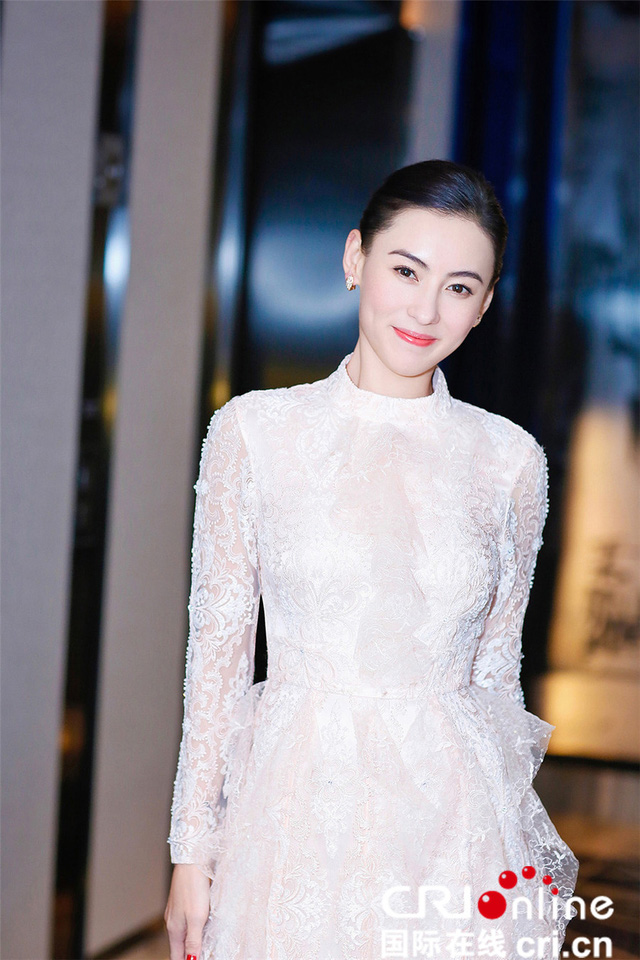 """kieu nu """"su tu ha dong"""" my mieu nhu gai 18 du da u40 hinh anh 5"""