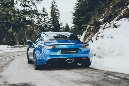 alpine a110: tham vong canh tranh porsche cayman hinh anh 3