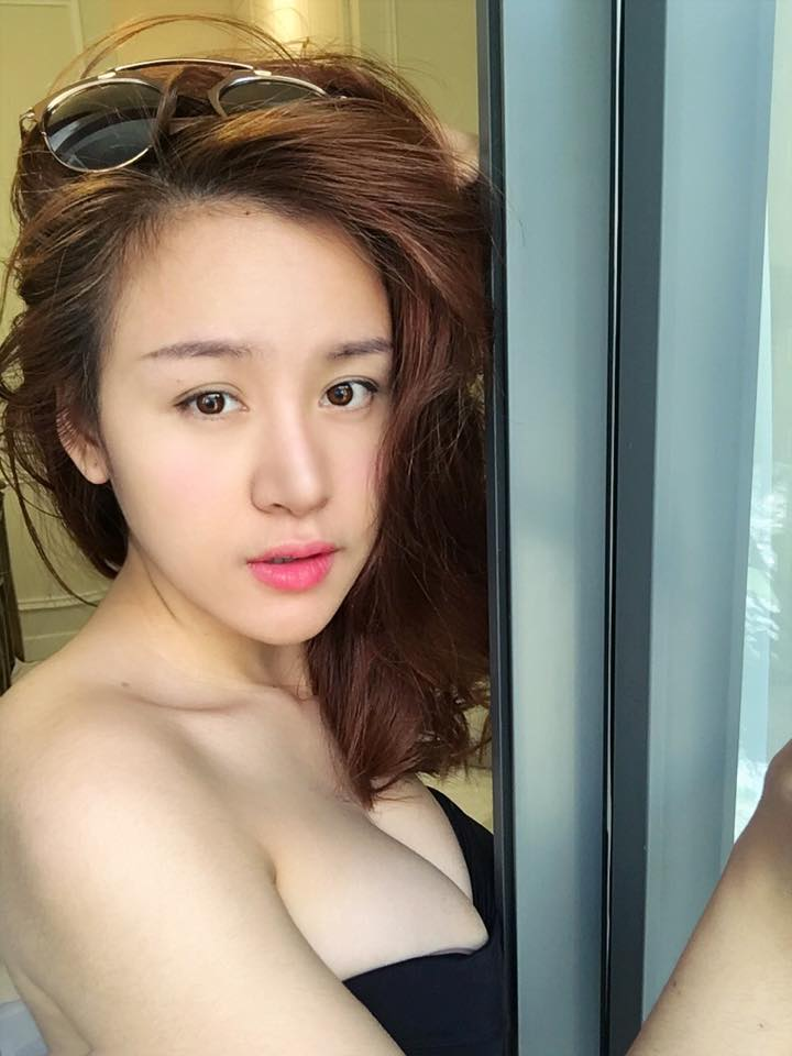 "suc hut nao khien ba tung livestream luon dat luong view ""khung"" hinh anh 5"