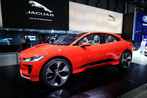 "jaguar i-pace ""thach thuc"" truc tiep tesla model x hinh anh 5"
