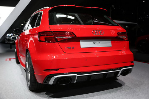 audi rs3 sportback 2017: hatchback co nho manh nhat the gioi hinh anh 2