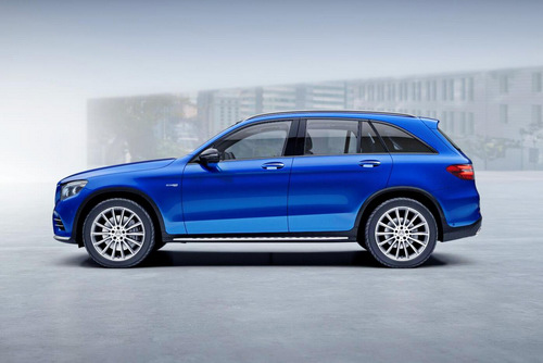 ve viet nam, mercedes-amg glc 43 co gia 3,6 ty dong hinh anh 2