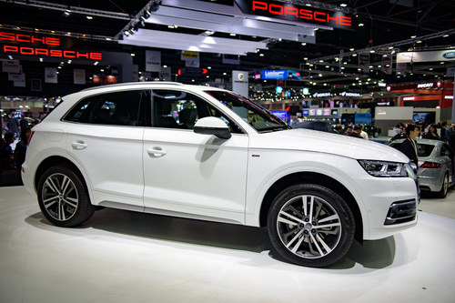 audi q5 the he moi gia 1,1 ty dong den dong nam a hinh anh 2