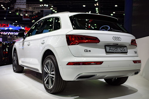 audi q5 the he moi gia 1,1 ty dong den dong nam a hinh anh 3