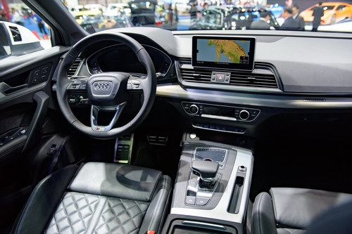 audi q5 the he moi gia 1,1 ty dong den dong nam a hinh anh 5
