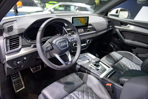 audi q5 the he moi gia 1,1 ty dong den dong nam a hinh anh 6