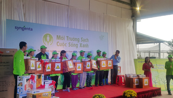 """nam dinh: phat dong chien dich """"moi truong sach - cuoc song xanh"""" hinh anh 2"""