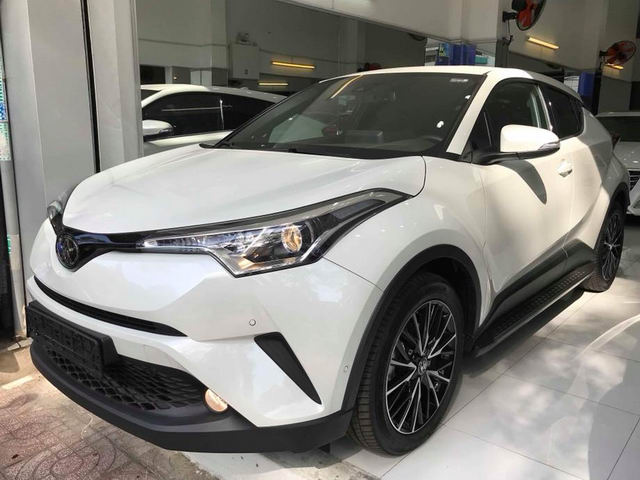 toyota c-hr ve viet nam voi gia gan 1,8 ty dong hinh anh 2