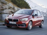 BMW 2-Series Tourer 2018 co gia tu 800 trieu dong