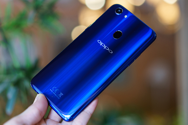 """dap hop"" oppo f5 phien ban mau xanh thach anh chao xuan 2018 hinh anh 3"