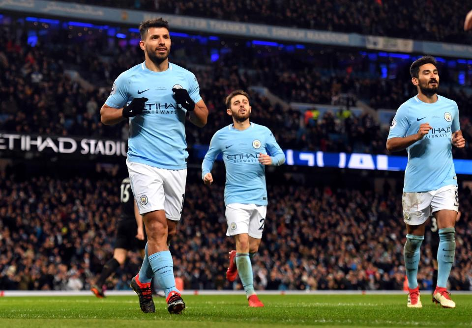 """aguero lap """"cu poker"""", man city huy diet leicester hinh anh 1"""