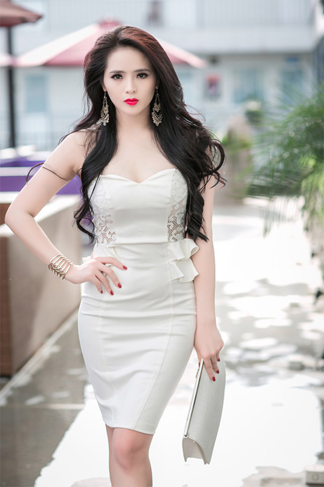 "mai miet khoe vong 1, my nhan viet de lo ""so ho"" giat minh hinh anh 12"