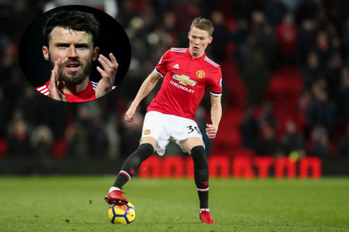 carrick tien cu nguoi thay the minh o m.u hinh anh 1
