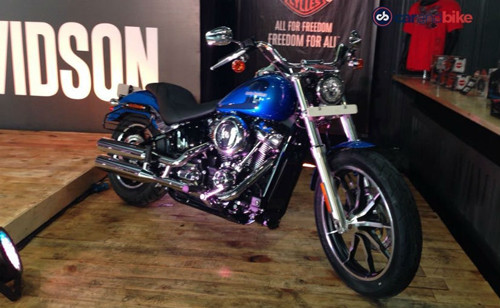 softail deluxe va softail low rider ra mat, gia tu 454 trieu dong hinh anh 1