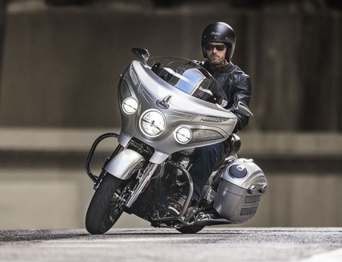indian chieftain elite 2018 day uy phong trong mau son moi hinh anh 1