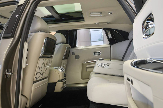 roll-royce ghost phong cach hoi giao hinh anh 10
