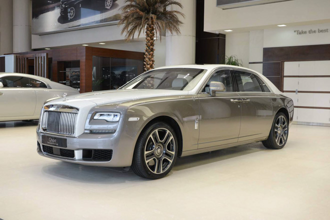 roll-royce ghost phong cach hoi giao hinh anh 1