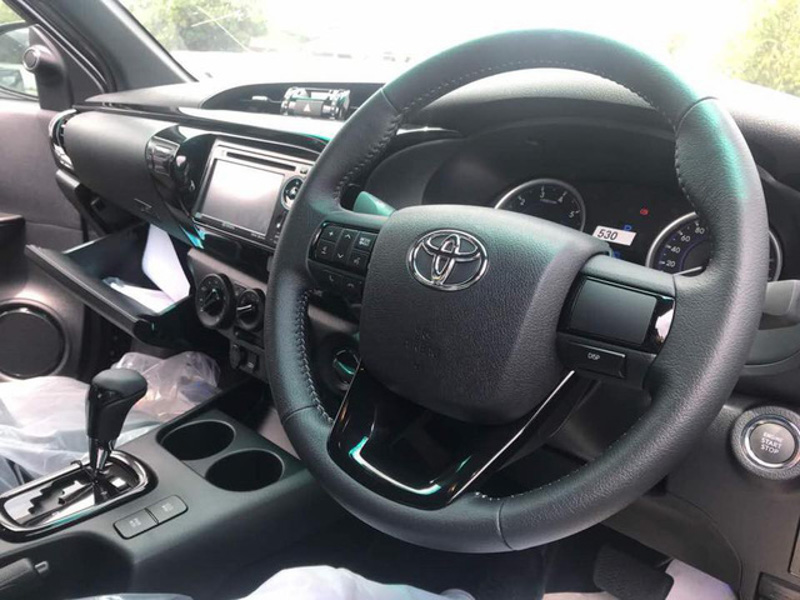 toyota hilux 2018 xuat hien tai malaysia mang phong cach cua toyota tacoma hinh anh 4