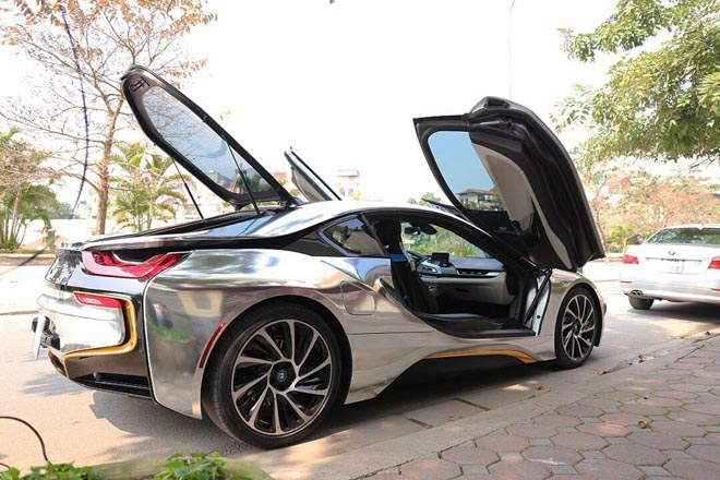 "voi 3,8 ty dong - ban se ""dap hop"" mercedes s400 hay bmw i8? hinh anh 4"