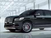 SUV ''khung long'' Lincoln Navigator manh 600 ma luc tu hang do Henessey