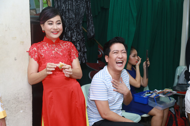 cat phuong chi trich nam em cong khai yeu truong giang vi ly do nay? hinh anh 1