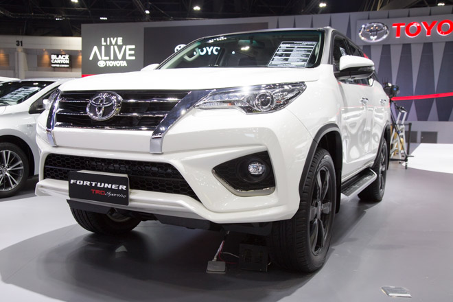 chiem nguong toyota fortuner trd sportivo: cuc ngau, cuc the thao hinh anh 1