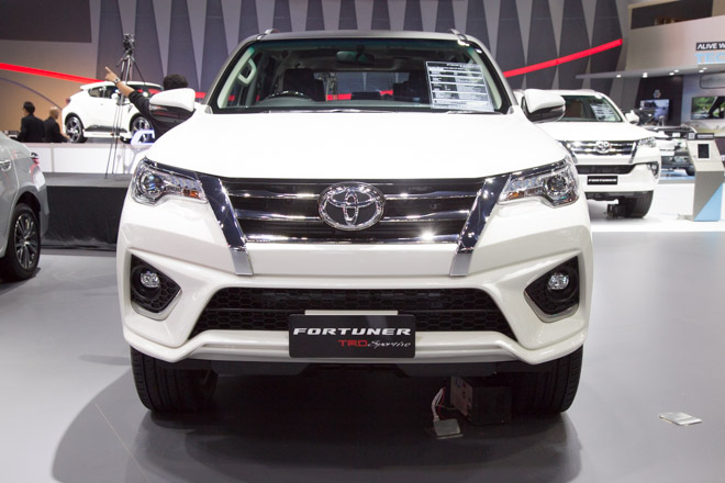 chiem nguong toyota fortuner trd sportivo: cuc ngau, cuc the thao hinh anh 3