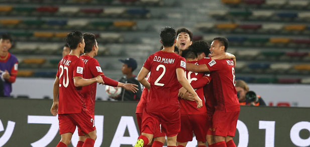 lich thi dau asian cup 2019 ngay 16.1: dt viet nam lay ve vao vong 1/8? hinh anh 1