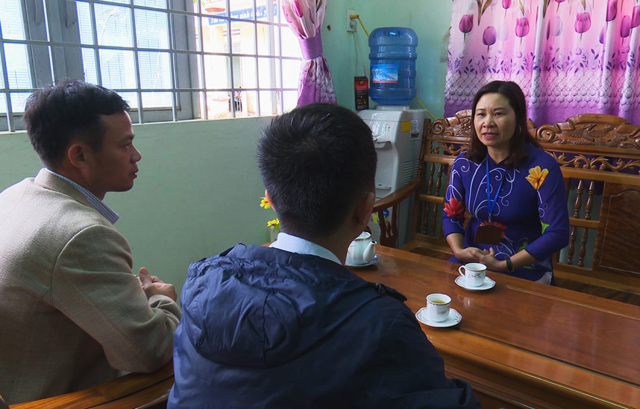 dinh chi hieu truong co dau hieu an bot tien ho tro hoc sinh ngheo hinh anh 1